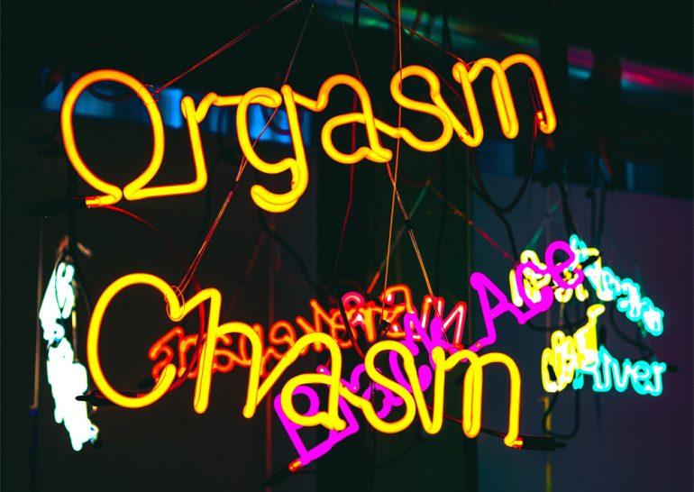 Weibliche Vulva nach dem Orgasmus