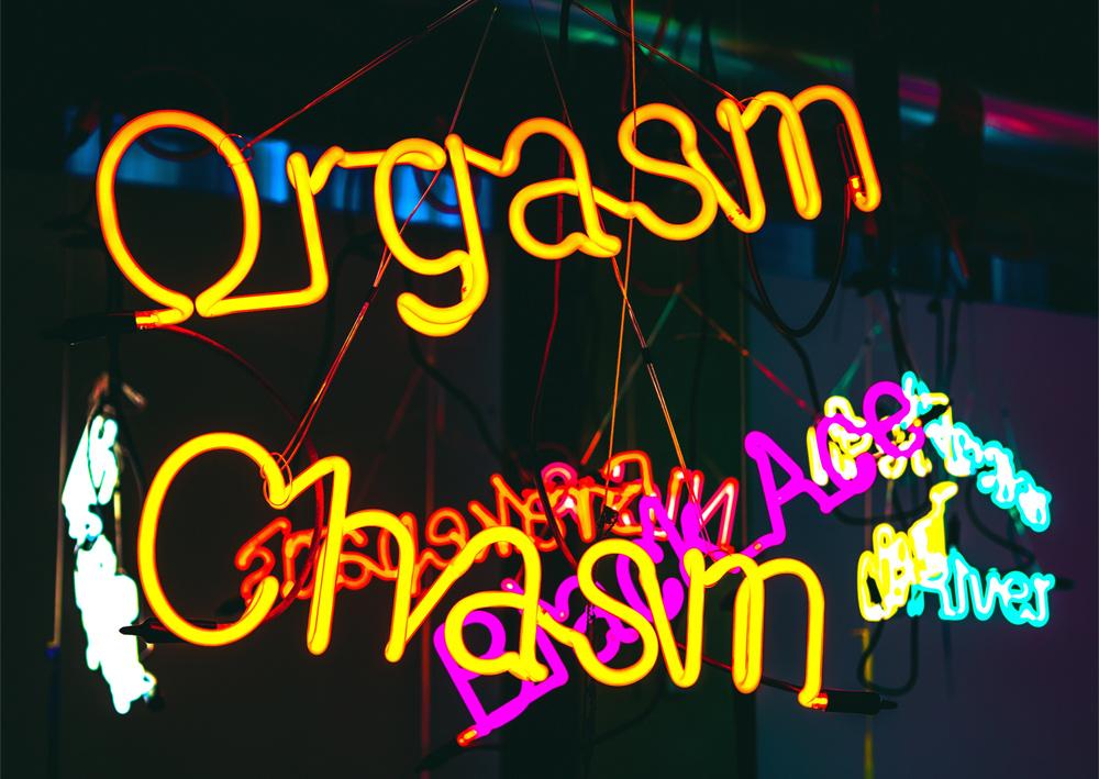 Klitoris lecken feuchten Orgasmus